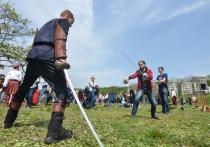 Средневековый турнир прошел на территории современного кампуса на Русском